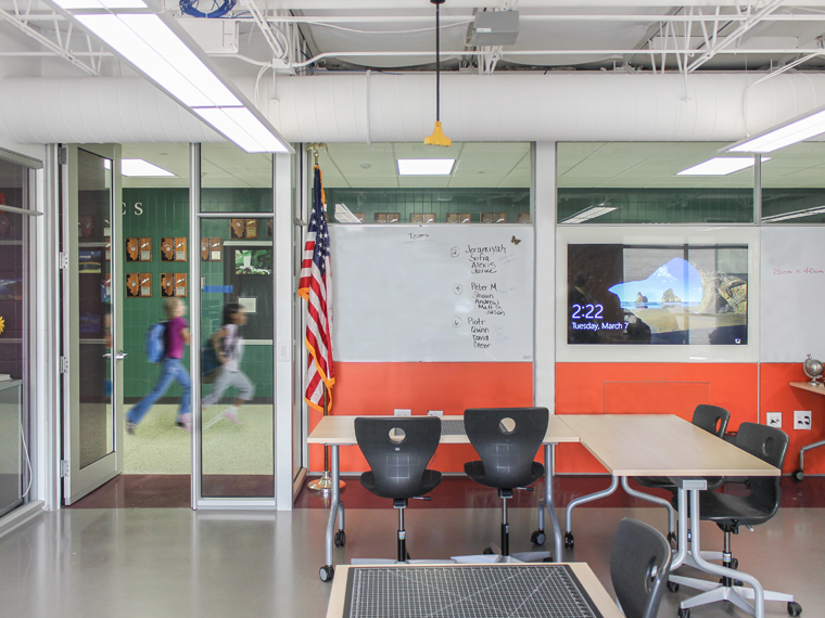 River Trails Middle School gets DIRTT for their new STEAM Lab